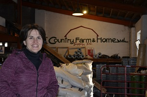 Melinda Owner of Country Farm and Home in Pittsboro NC - sm